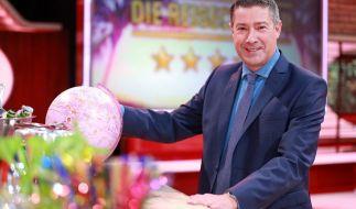 "Gastgeber Joachim Llambi bei seinem neuen Job als ""Reisechecker"". (Foto)"