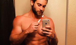 Model Brock O'Hurn trägt oft Männerdutt. (Foto)