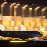 Flugbegleiter drohen mit Streik im Advent (Foto)