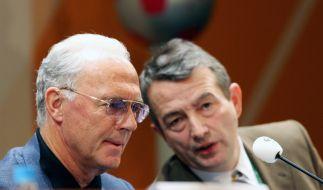 Niersbach und Beckenbauer: Wusste der DFB-Präsident bereits vor Wochen von den Machenschaften seines OK-Chefs? (Foto)