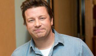Jamie Oliver hat sich beim Nacktkochen den Penis verbrannt. (Foto)