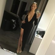 Mega-Dekolleté! So sexy zeigt sich die Ex-Bachelorette 2014 (Foto)