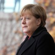 Muss Kanzlerin Angela Merkel einen Putsch fürchten? (Foto)