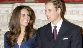 Kate Middleton und Prinz William geben am 16. November 2010 ihre Verlobung bekannt. (Foto)