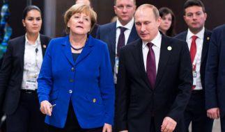 Angela Merkel und Wladimir Putin bei G20-Gipfel in Antalya. (Foto)
