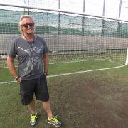 Robert Geiss im Fußball-Rausch: Was Carmen wohl zu seinen Plänen sagt? (Foto)