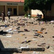Teenager sprengen sich in die Luft - 15 Tote (Foto)