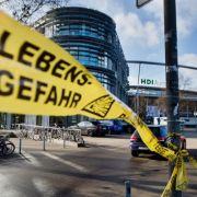 Das Länderspiel Deutschland - Niederlande wurde nach einer Terrorwarnung nur drei Tage nach den Anschlägen in Paris abgesagt.