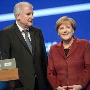 So will die Kanzlerin das bayerische Alphatier kaltstellen (Foto)