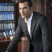 "In der ARD-Mediathek: Erol Sander taucht im ""Club Royal"" ab (Foto)"