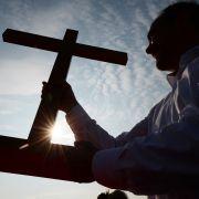 Wegen Pornosucht! Bayrischer Pfarrer nimmt sich das Leben (Foto)