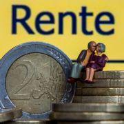 Neue Studie belegt: Ostdeutsche Rentner bekommen zu viel Geld (Foto)