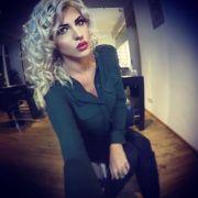 Playmate des Jahres trägt jetzt blonde Engelslocken (Foto)