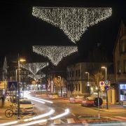 """""""Leuchtende Schlüpfer"""" als Adventsdekoration (Foto)"""