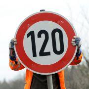 Baden-Württembergführt Tempolimit auf Autobahnen ein (Foto)