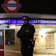 Neuer Terror! Blutiger Machetenangriff in Londoner U-Bahn (Foto)