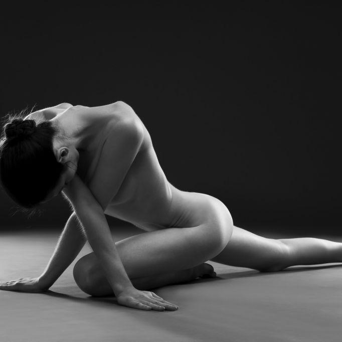 So schön trickst das Nackt-Yoga-Girl bei Instagram (Foto)