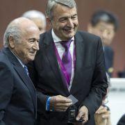 DFB-Affäre: Gingen die Millionen an Sepp Blatter? (Foto)