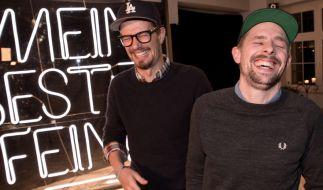Joko und Klaas müssen sich nun vor TV-Sittenwächtern für Drogenkonsum vor laufenden Kameras verantworten. (Foto)