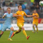 4:0! Halle schlägt Holstein Kiel! Dresden bleibt siegreich (Foto)