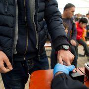 Polizei warnt: Nur 10 Prozent der Flüchtlinge wurden kontrolliert (Foto)