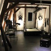Harzer Romantikhotel bietet Peitschen, Latex und Gummi (Foto)
