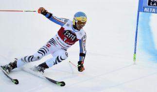 Felix Neureuther hatte es bereits in den letzten Tagen nicht einfach. Mit dem Slalom am Dienstag steht nun das letzte Rennen 2015 an. (Foto)