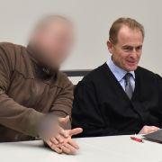 NPD-Mann wegen Nazi-Tattoo verurteilt (Foto)