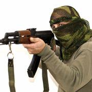 IS-Terroristen entnehmen lebenden Gefangen Organe (Foto)