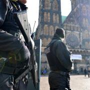 Zwei Drittel rechnen mit Anschlag in Deutschland in 2016 (Foto)