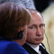 Zur Sicherheit Europas! Wladimir Putin bittet Merkel um mehr Dialog (Foto)