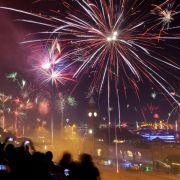 Die Welt lässt es krachen! Weltweite Party trotz Terror-Angst (Foto)
