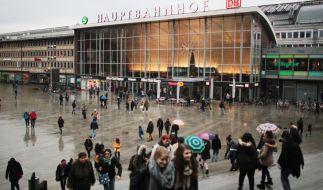 Der Bahnhofsvorplatz in Köln. Hier ereigneten sich die Sex-Attacken in der Silvesternacht. Symbolbild. (Foto)