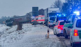 Glatteis-Regen sorgte in Deutschland für Hunderte Unfälle. (Foto)