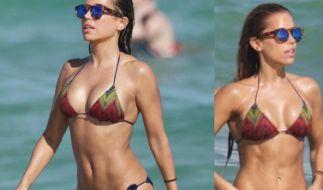 Sylvie Meis sieht in ihrem Bikini einfach atemberaubend aus. (Foto)
