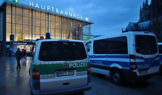 Krisentreffen + Sondersendungen zu Kölner Übergriffen als Wiederholung