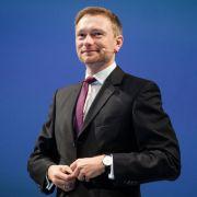 Jetzt wettert auch der FDP-Chef gegen die Kanzlerin (Foto)