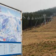 """Trotz Klima-Erwärmung! Ski-Hang wird mittels Hubschrauber """"beschneit"""" (Foto)"""