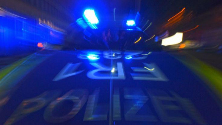 Ein junger Mann und drei Jugendliche sollen in der Silvesternacht zwei Mädchen in Weil am Rhein vergewaltigt haben. (Foto)