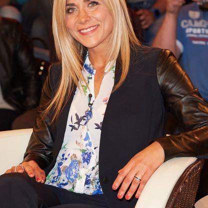 Vom Autohaus ins Fernsehen: Die Karriere der VOX-Moderatorin (Foto)