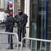 Angreifer von Paris lebte in deutschem Asylheim (Foto)