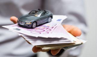 Liebling Nummer eins: Deutsche leisten sich gern ihr Auto und nehmen einen Kredit auf. (Foto)