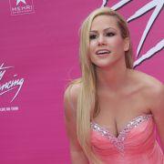 Gemeinsam mit Sara Kulka zog Angelina Heger im letzten Jahr für den Playboy blank.