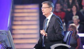 Günther Jauch pflegt ein ganz besonderes Verhältnis zu seinen WWM-Kandidaten. (Foto)