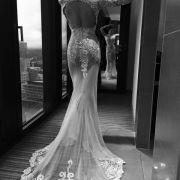 Beim Deutschen Fernsehpreis 2016 trug Sophia Thomalla ein atemberaubendes Nackt-Kleid aus transparenter Spitze.
