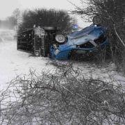 Tödliche Verkehrsunfälle nach Wintereinbruch! (Foto)