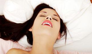 Vor allem Frauen im Alter zwischen 40 und 50 Jahren kommen in den Genuss eines nächtlichen Orgasmus. (Foto)