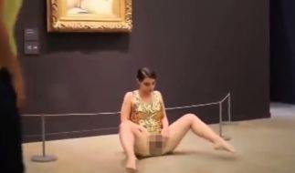 Bereits 2014 hatte de Robertis im Museé d'Orsay blank gezogen. Dabei entstand diese Aufnahme. (Foto)