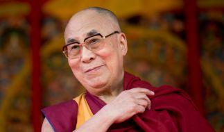 Der Dalai Lama lässt sich aufgrund einer Prostata-Erkrankung in den USA behandeln. (Foto)