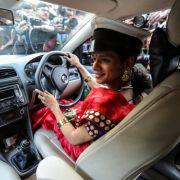 Erster Taxi-Service von Transsexuellen in Indien (Foto)